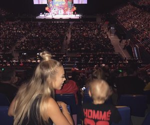 mom and tammy hembrow image