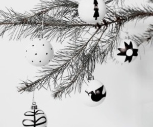 black, chic, and holiday image