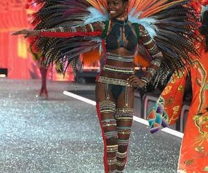 fashion show, victoria secret, and maria borges image