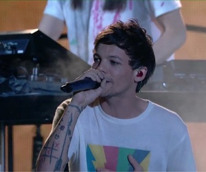louis tomlinson, just hold on, and one direction image