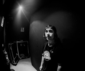 pierce the veil, vic, and vic fuentes image