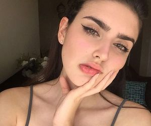 beauty, eyebrows, and baddies image