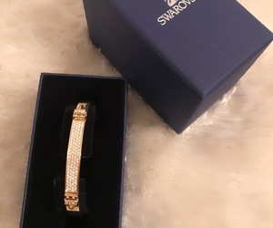 blingbling, gift, and gold image
