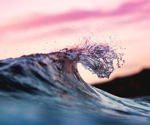 ocean and wave image