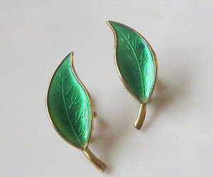 etsy, mid century modern, and green earrings image