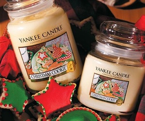 candle, christmas, and yankee candle image
