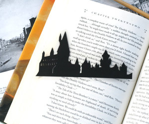 castle, etsy, and gryffindor image