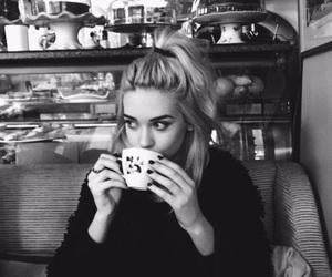 girl, amanda steele, and black and white image