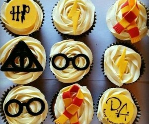 cupcakes, food, and harry potter image