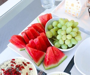 food, FRUiTS, and grapes image