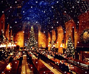 harry potter, hogwarts, and merry christmas image