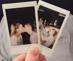 couple, girls, and kiss image