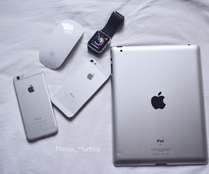 apple, iphone, and mouse image