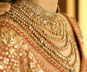 aesthetic, indian, and necklace image