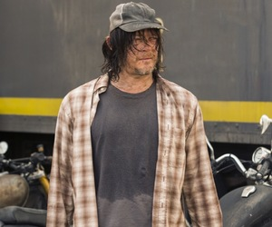 the walking dead and daryl image