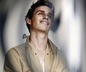 eddie redmayne and handsome image