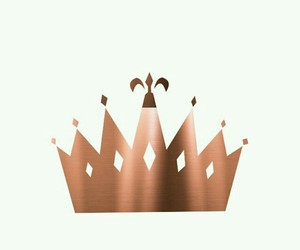 wallpaper, crown, and gold image