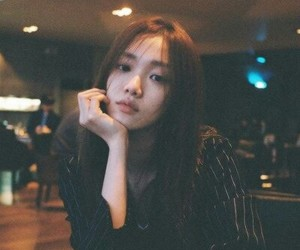 model, lee sung kyung, and korean image
