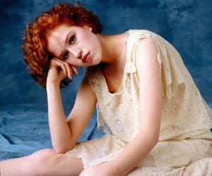Molly Ringwald image