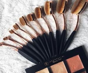 Brushes, makeup, and anastasia image