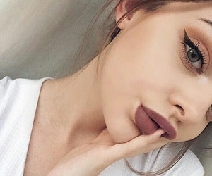 fashion, girl, and kylie jenner lips image