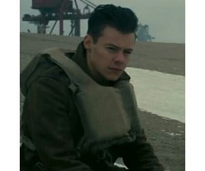Christopher Nolan and Harry Styles image