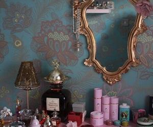 mirror, vintage, and pink image
