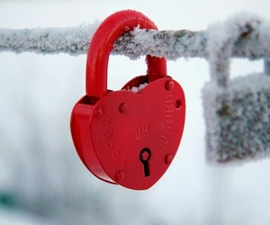 lock and snow image