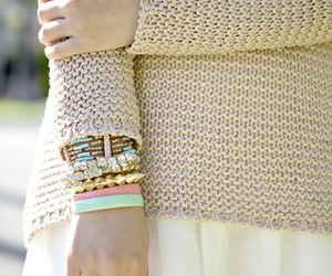 accessories, bracelets, and skirt image