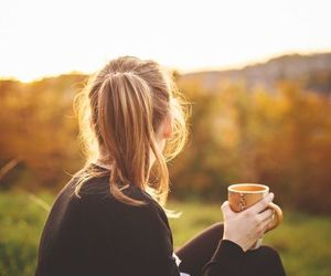 coffee, autumn, and blonde image