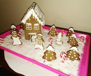 ginger house and xmasiscoming image