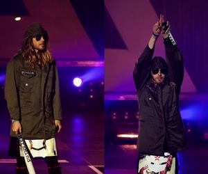 jared leto, 30 seconds to mars, and on stage image