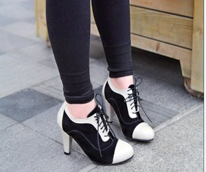 oxfords and kheels image