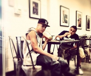 justin bieber and alfredo flores image