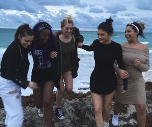 kylie jenner, friends, and beach image