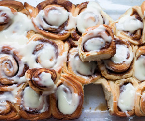 food, cinnamon roll, and dessert image