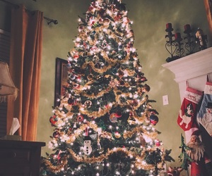 christmas, december, and tree image