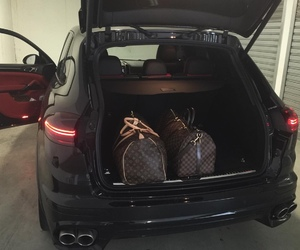 bag and car image