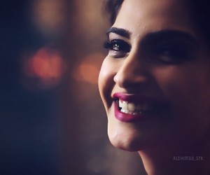 bollywood, smile, and sonam kapoor image