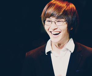 harry potter, Onew, and SHINee image