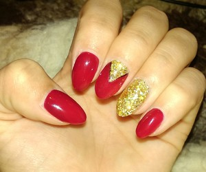nails art, gold, and red image