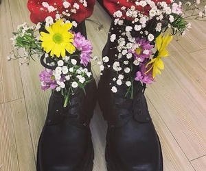 fashion, flowers, and k-pop image