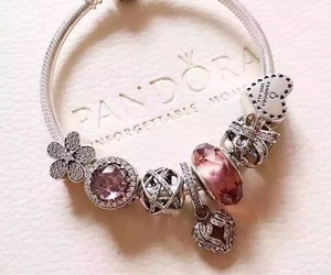 bracelet, jewelry, and pandora image