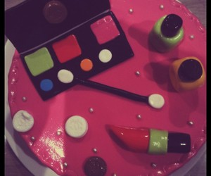 cake, maquillage, and gâteau image