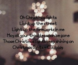 christmas lights, christmas tree, and coldplay image