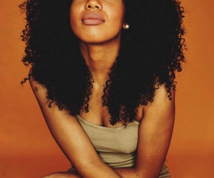 natural curls, pretty curls, and melanin poppin severely image