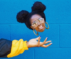 black woman, summer fashion, and natural hairstyle image