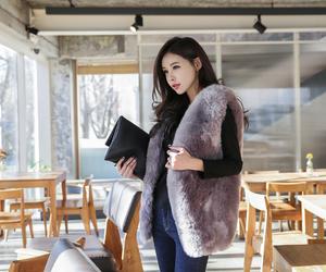 fashion, fur vest, and ulzzang image