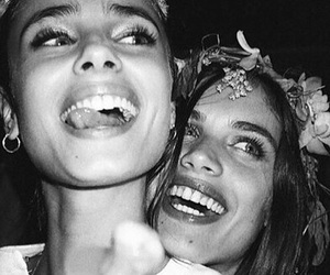 taylor hill, sara sampaio, and model image