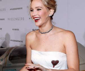 Jennifer Lawrence, chris pratt, and the passengers image